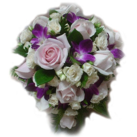 Wedding Tear Drop Bouquet 17